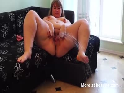 Fat Mature Pissing