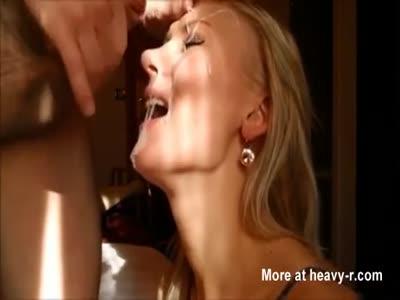 Amateur Wife Receives Big Facial