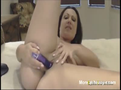 Chubby Milf Playing With Toy