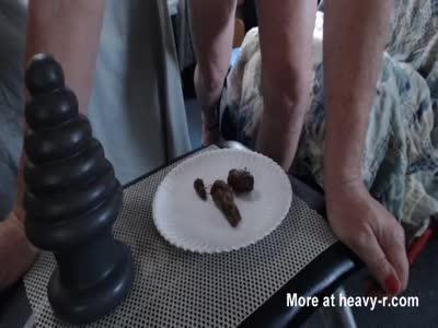 Crystalglen eats shit