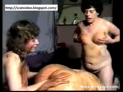 Fat Mature Lesbian Scat Party