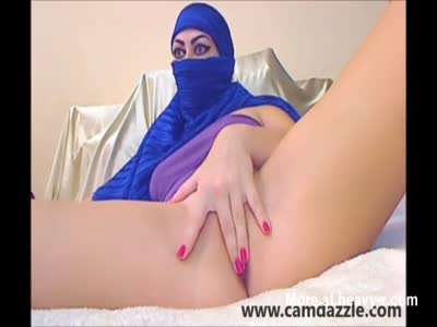 Muslim Camgirl