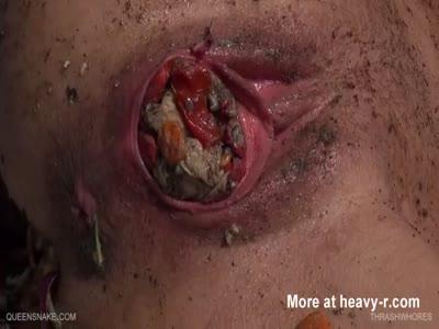 Thrash in vagina