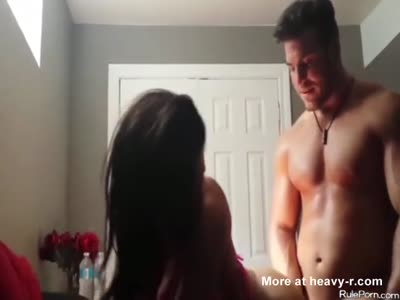 Bodybuilder Goes Mental On Girl