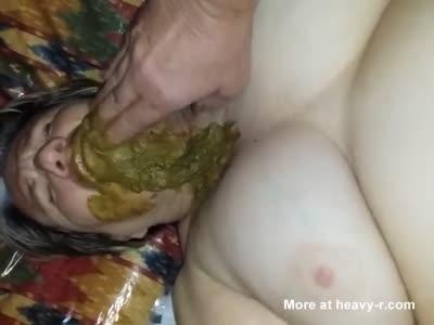 Feeding BBW Poop