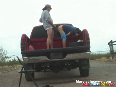 Redneck Sex In Pickup Truck