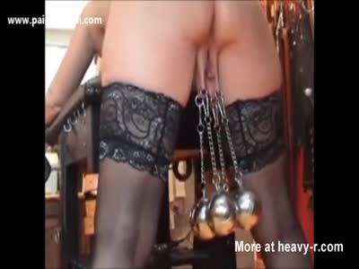 Heavy Balls Hanging From Her Pussy Lips