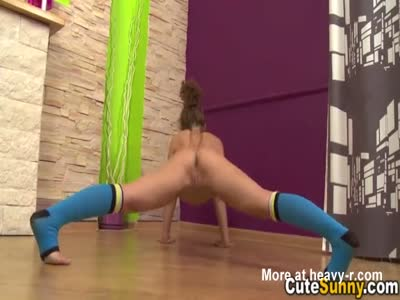 Hot Naked Tteeny Bending Over