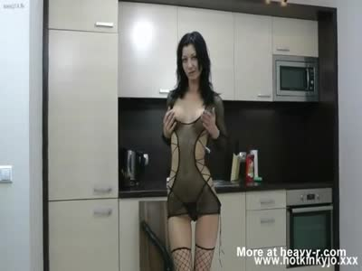 """Hot Kinky Jo in The Kitchen With 18"""""""