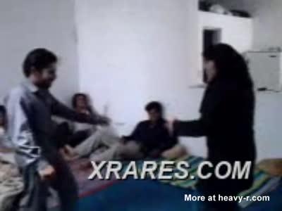 Arab girl raped by 5 guys